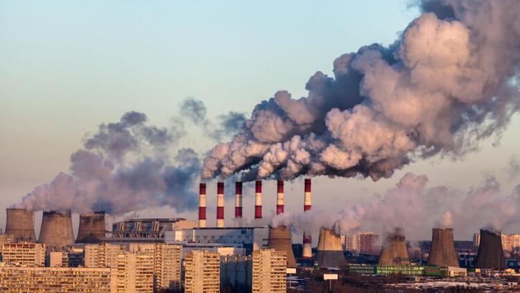 Fabrika Atıkları Yeraltı Sularını Kirletiyor